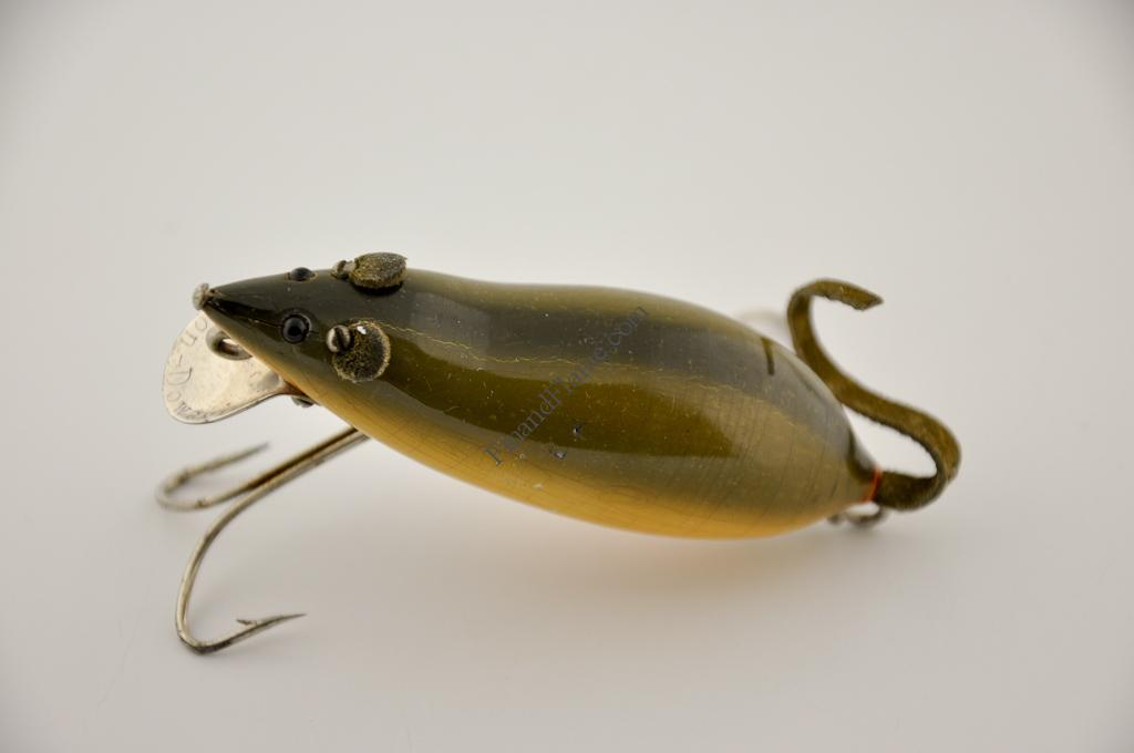 Heddon meadow mouse lure fin and flame antique lures for Mouse fishing lure
