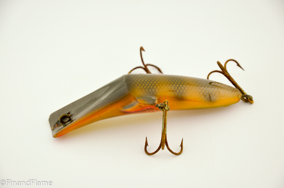 Mercury minnow lure fin and flame antique lures for Collectible fishing lures