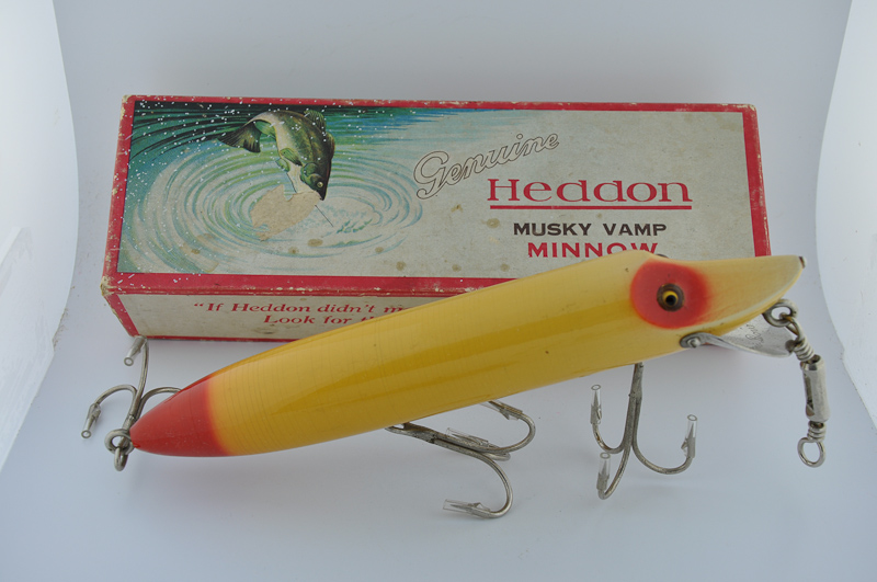 Heddon musky vamp lure fin and flame fishing for history for Heddon antique fishing lures