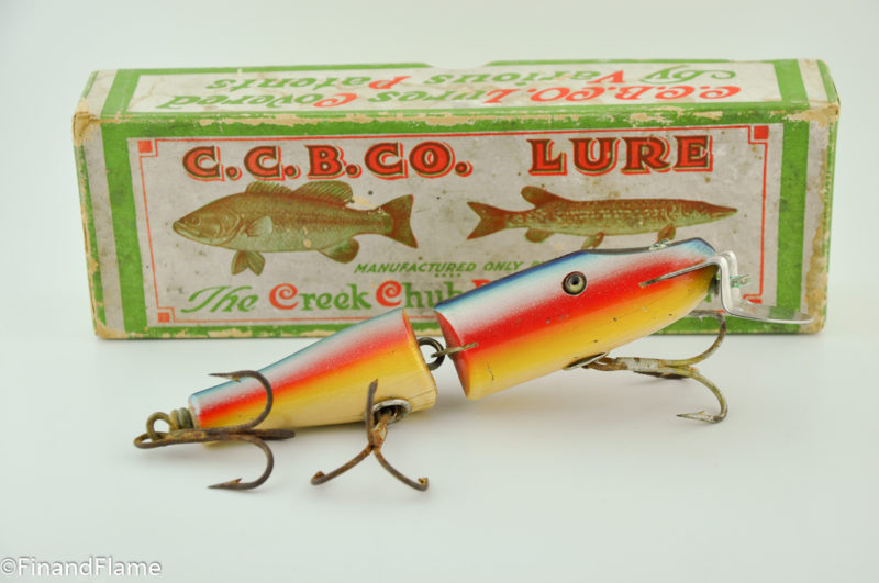 Creek Chub Rainbow Jointed Snook Pikie Minnow in Box